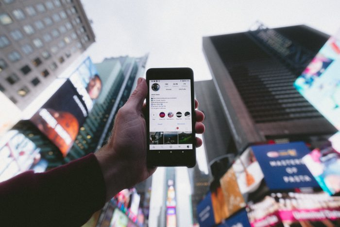 Как заработать на рекламе в Инстаграм: обзор бирж